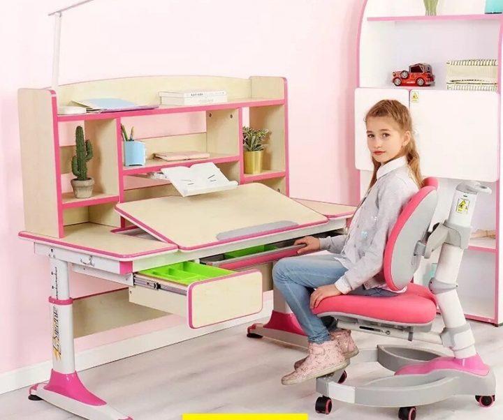 bàn ghế học sinh thông minh cho bé gái
