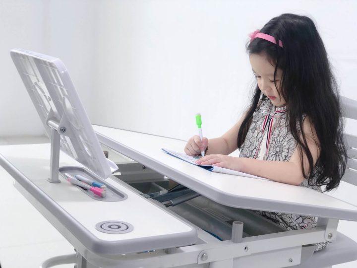 bộ bàn ghế học chống gù màu ghi